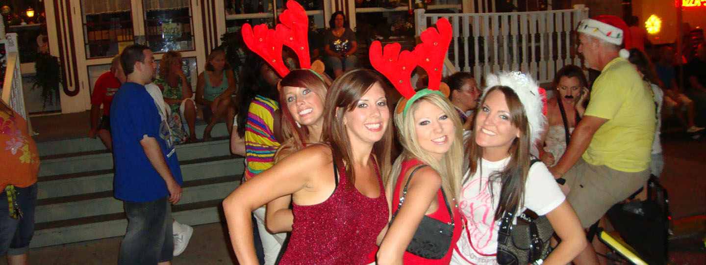Edgewater Hotel Christmas in July